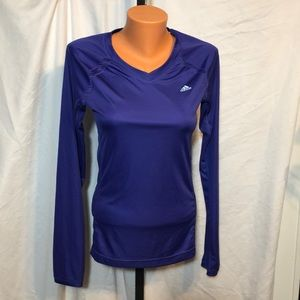 Adidas Workout top size small L/S vented